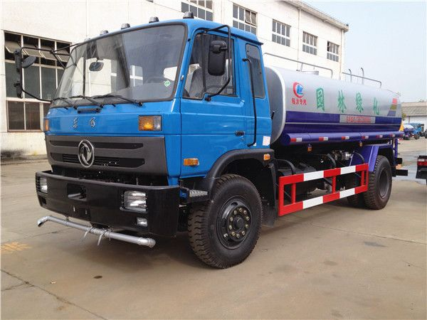 Dongfeng 153 water truck (12-15 m3)