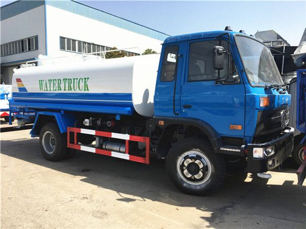 Dongfeng 145 water truck (10-12 m3)